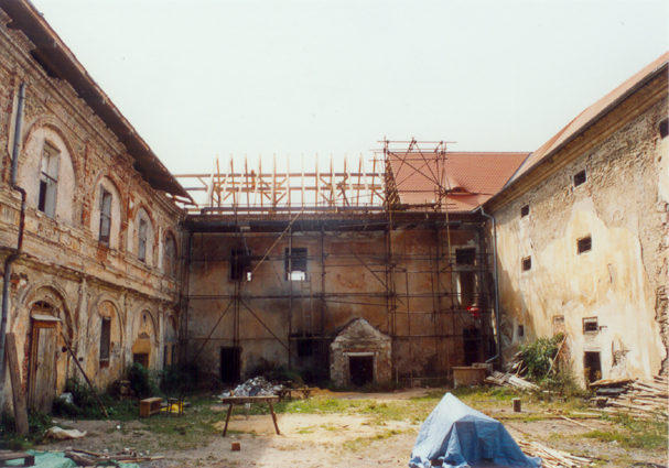 Cecovice zamek2003 5